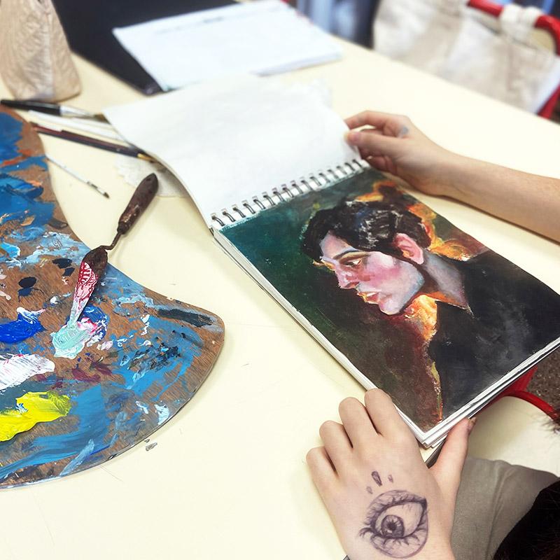 Colegio Hélade · Bachillerato Artes