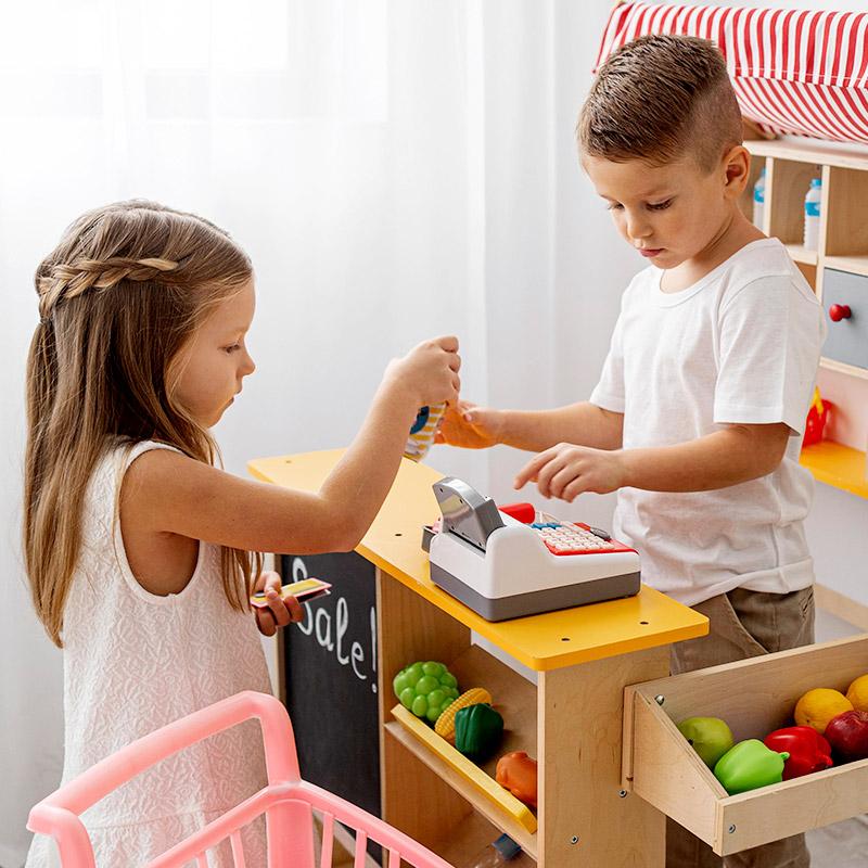 Colegio Hélade ·  Mis diez juguetes recomendados